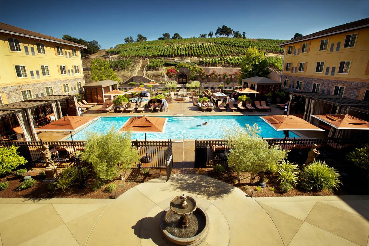 PIC-Meritage-Pool-and-Vineyards-1